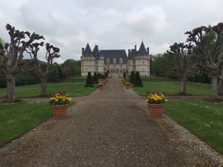Château de Mesnières in Mesnières-en-Bray